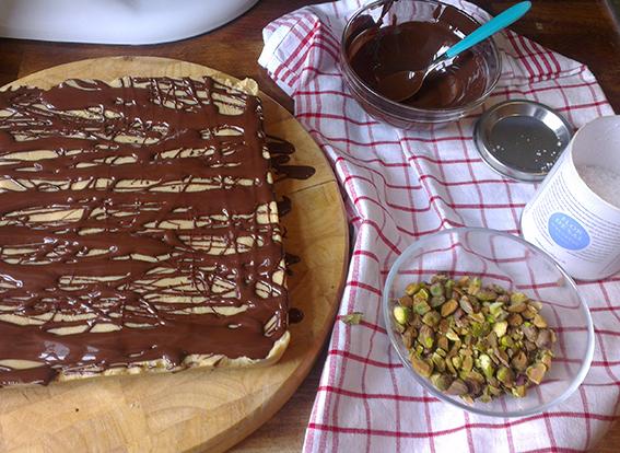 chocolate fudge shortbread 05