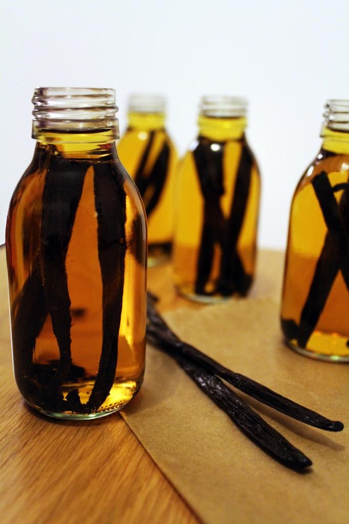 vanilla extract 4