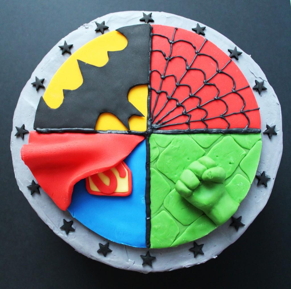 SUPERHERO CAKE 4