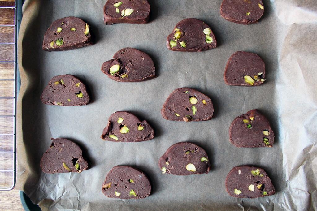 chocolate pistachio biscuits 7