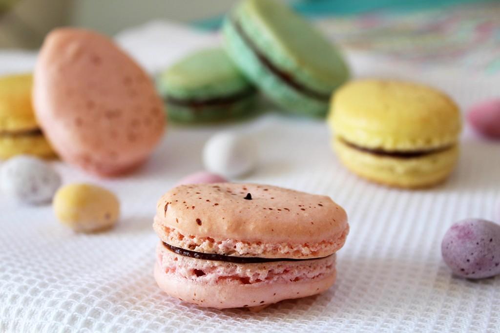 easter macarons 5
