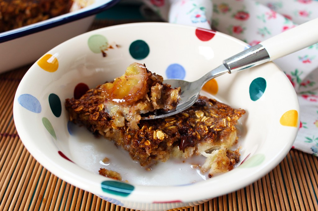 coconut choc chip baked oatmeal 1