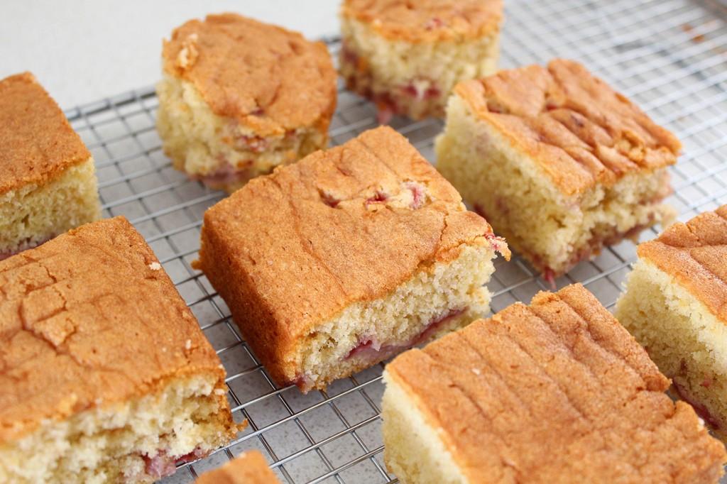 strawberry mini cakes 4