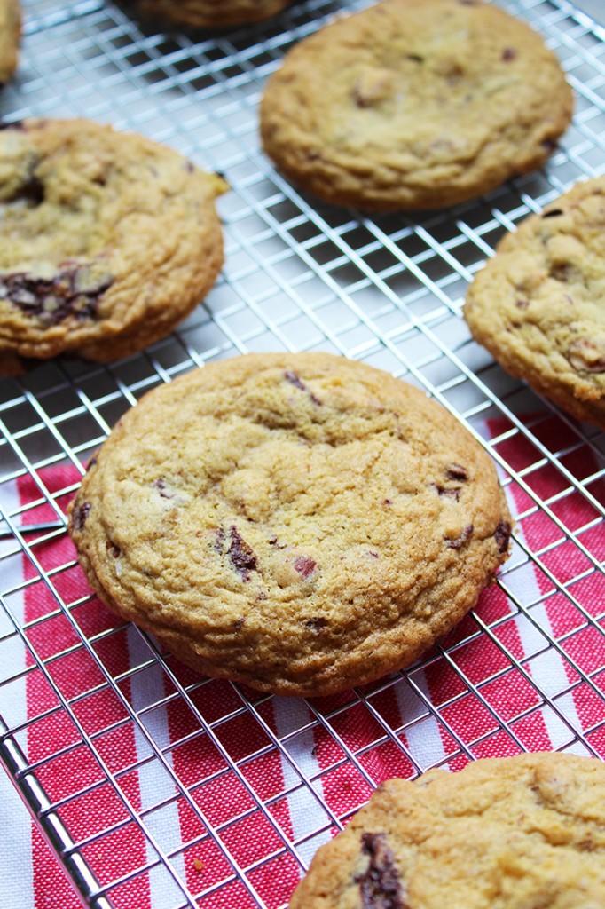 chocolate almond cookies 1