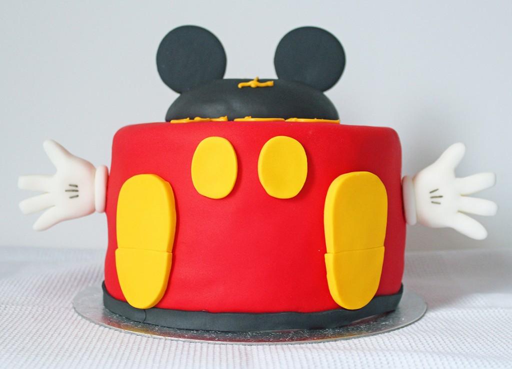 mickey cake 5
