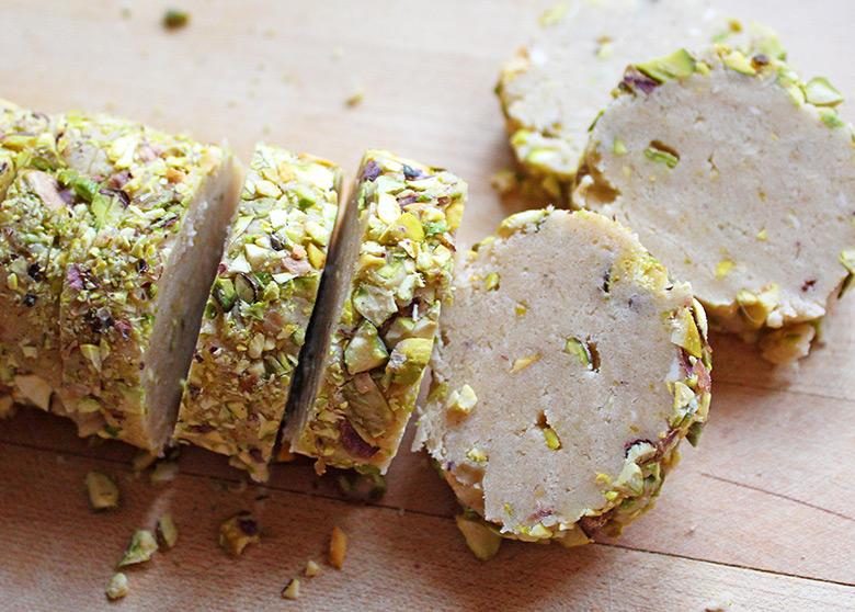 pistachio-biscuits-5